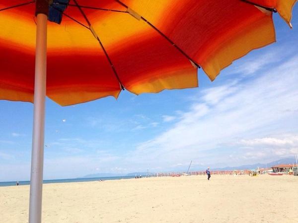 Bagno il sole spiaggia - Bagno sole viareggio ...